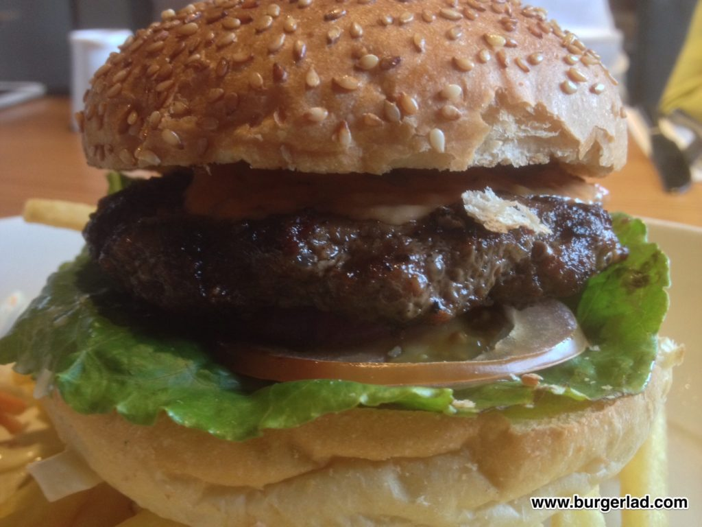 Beefeater 1/4lb Steak Burger