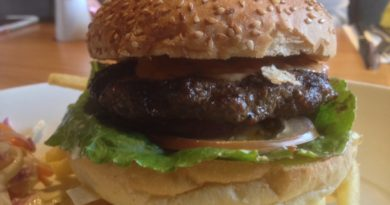 Beefeater 1/4lb Steak Burger