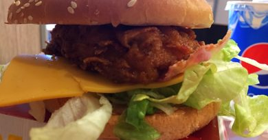 KFC Bacon & Cheese Burger