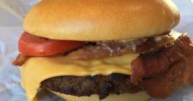 Burger King Smokey Bacconaise Angus