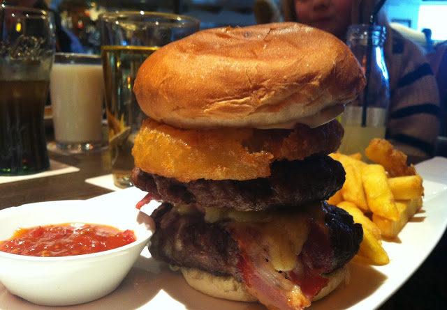 The Rising Sun, Ultimate Burger